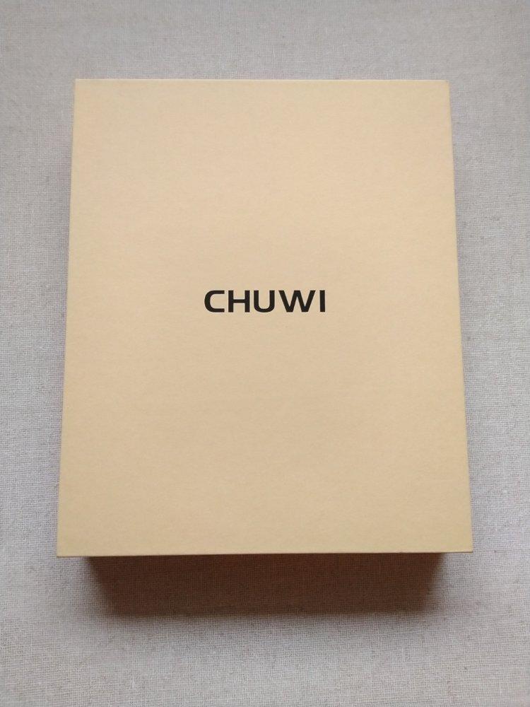 CHUWI Hi9 Pro化粧箱前面