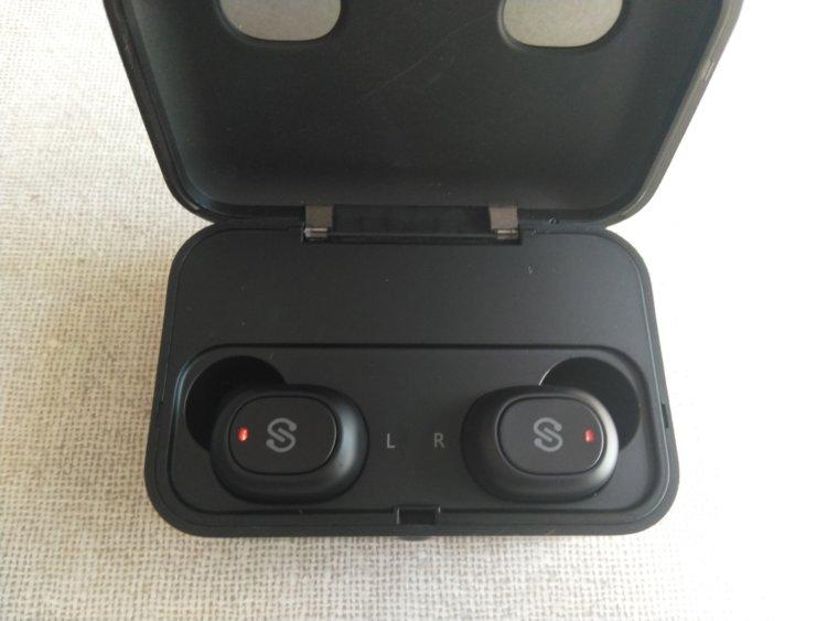 SoundPEATS(サウンドピーツ) Q32 Bluetooth イヤホン充電時