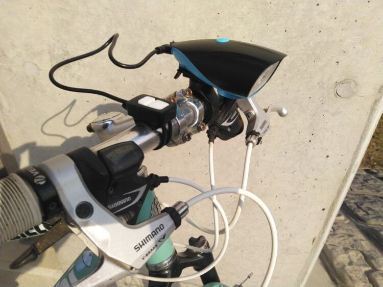 NIERBO 自転車ライト 消灯時(自転車実装)