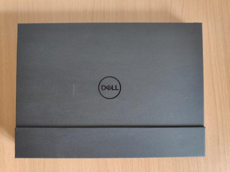 Dell XPS 13 2-in-1 プラチナ 7390 化粧箱