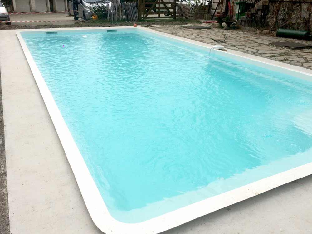 Quelle est la dure de vie dune piscine  coque polyester ou cramique