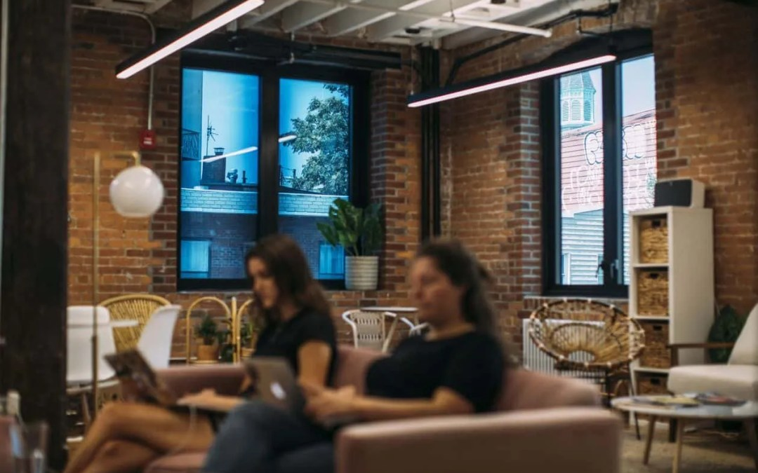 New Smart Glass Cuts Glare, Alerts Police if There's a Break-In