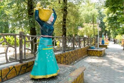 Fuman's famous Statues
