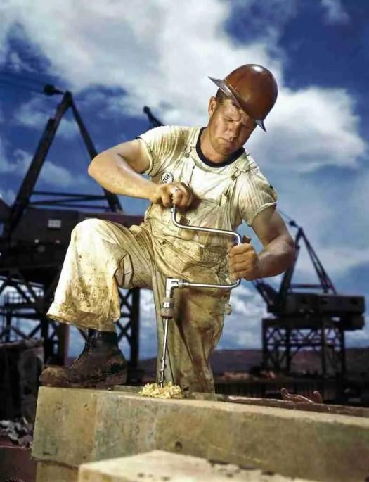 pulizia dei dpi - sporco e olio sui posti di lavoro