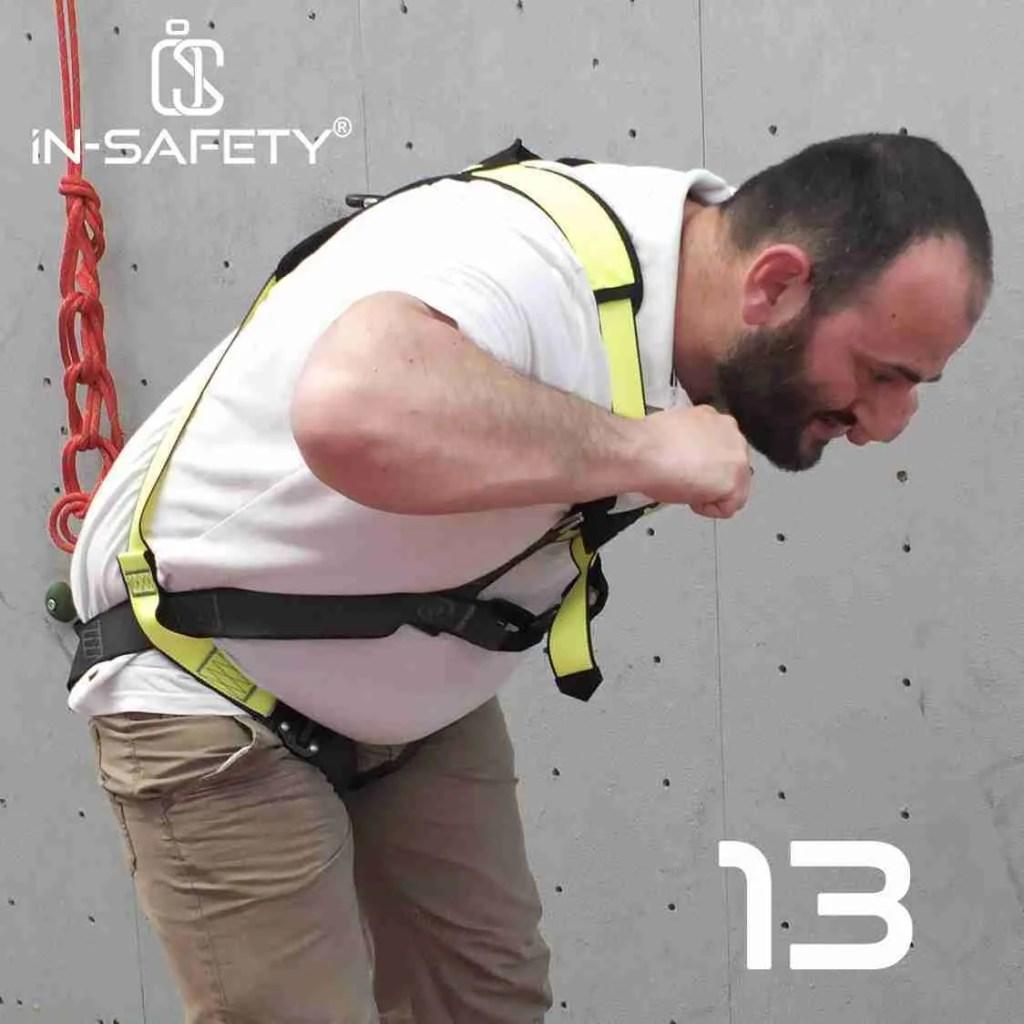 come indossare un'imbracatura - passo 13