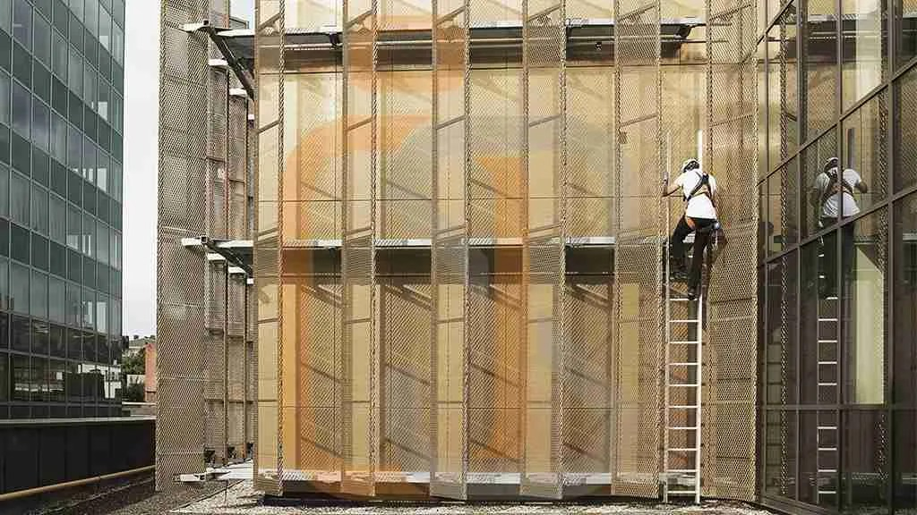 scala di sicurezza integrata in architetture esteticamente particolari