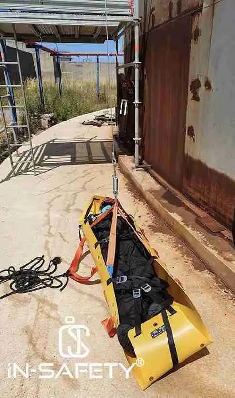 barella per test soccorso su serbatoio atmosferico a tetto galleggiante