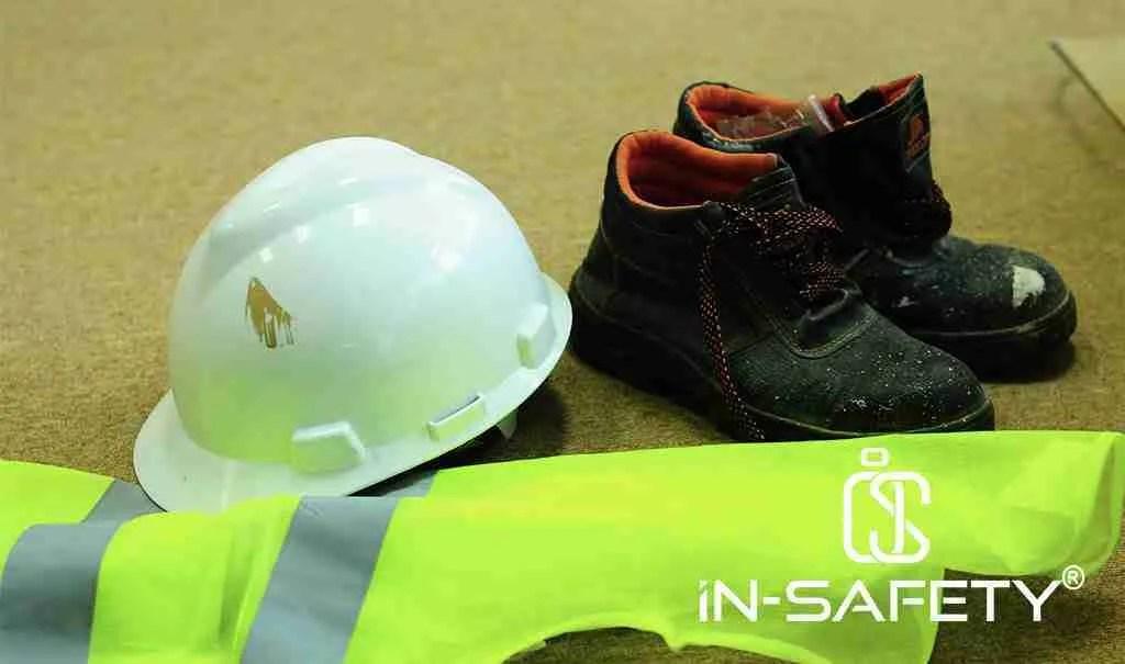 DPI generici come elmetto, scarpe antifortunistiche e gilet alta visibilità: a volte utilizzati solo durante una fermata impianti