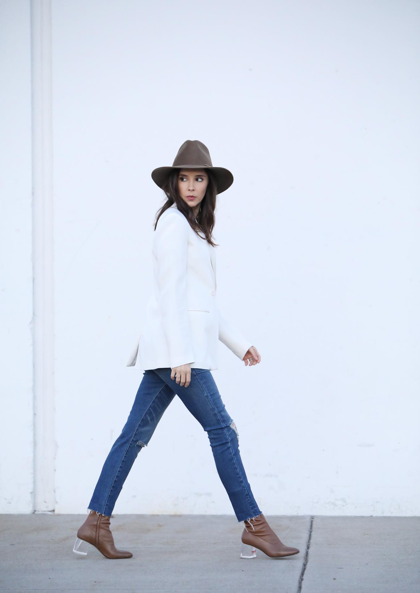 Janessa Leone Riley hat