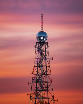 tall-tower-during-golden-hour-2513610