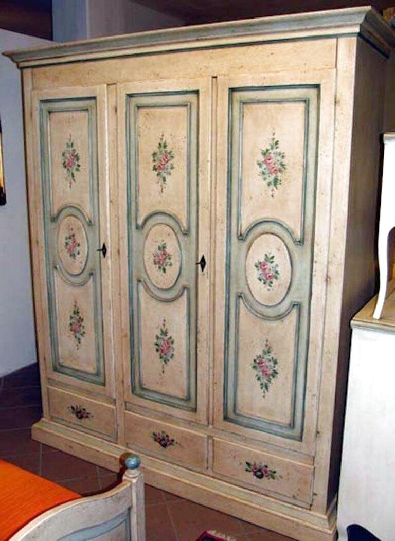 I mobili stile veneziano, poi, possono essere usati anche per arredare un bagno: Armadio Stile Veneziano Usato In Italia Vedi Tutte I 44 Prezzi