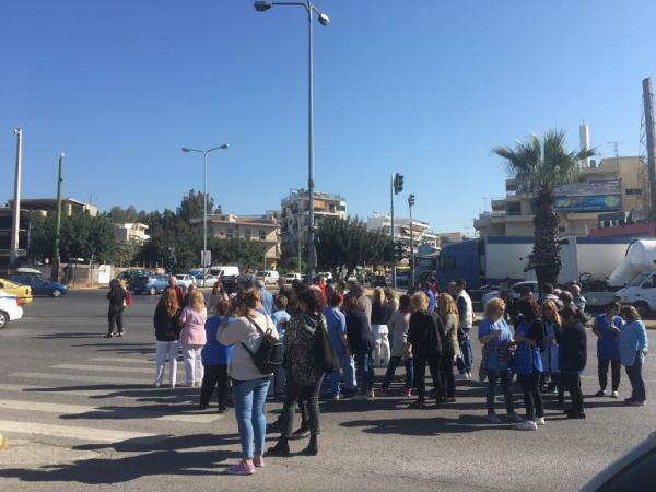 Εργαζόμενοι έχτισαν την είσοδο του «Δρομοκαΐτειου» στο Χαϊδάρι