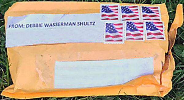 Ξετυλίγεται το κουβάρι με τα τρομοδέματα στις ΗΠΑ εν μέσω προεκλογικής εκστρατείας