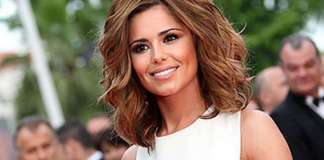 cheryl cole takes sarah harding on holiday