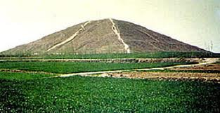 There are approximately 100 pyramids in China which remain hidden under grass and forestry.