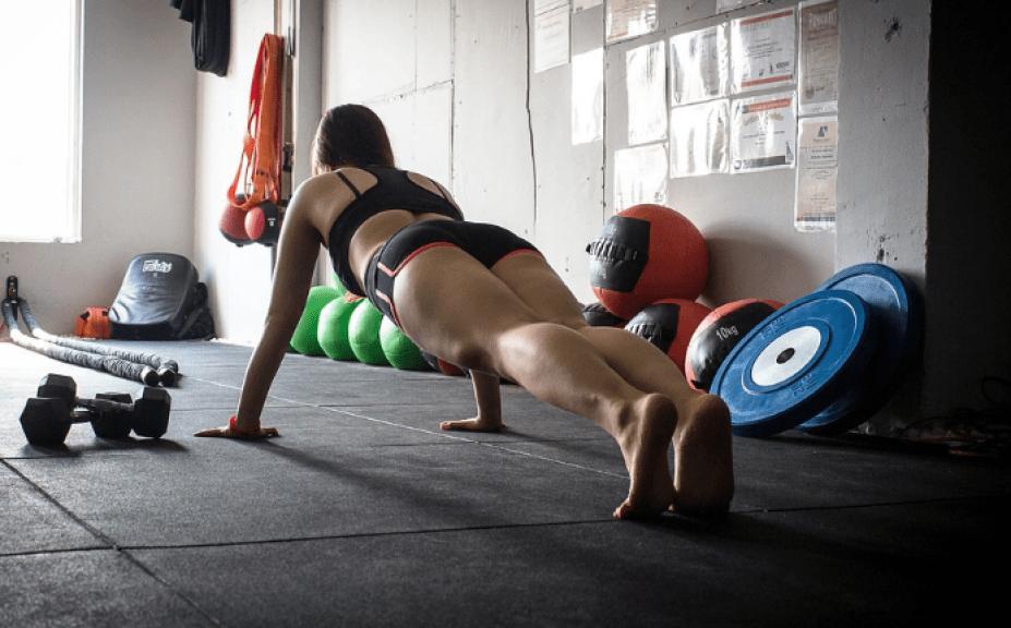 Online exercise for women