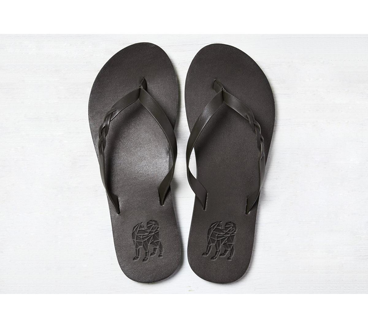 Troupers-web-shoe-2