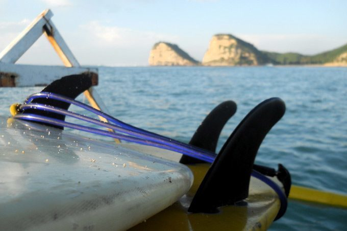 surfboard-on-boat-Gerupuk