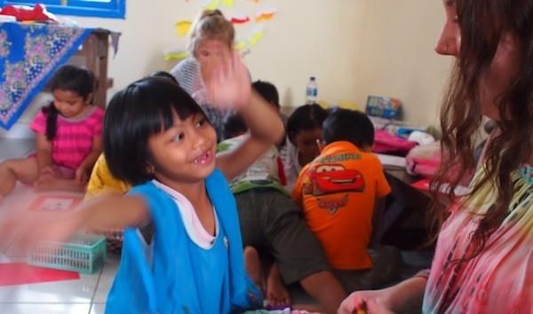 teach english in bali ubud green lion program