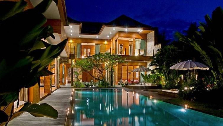 12 Stylish Airbnb Villas In Seminyak Petitenget