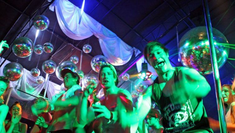 Bounty club party crowd Kuta