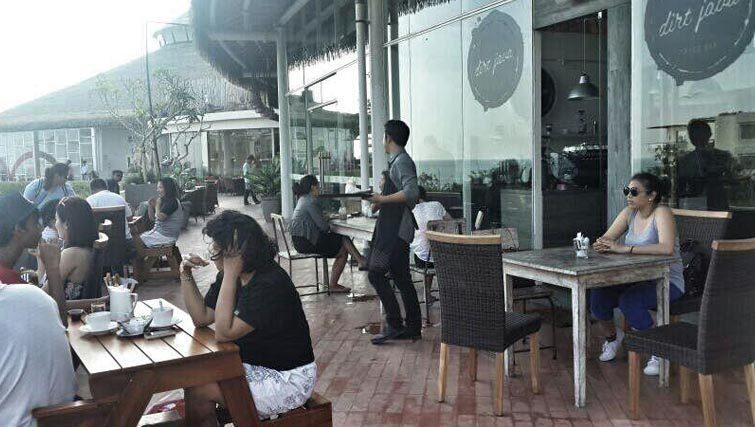 Java Dirt coffeeshop at Beachwalk mall Kuta