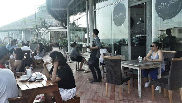 Java Dirt coffeeshop at Beachwalk mall Kuta