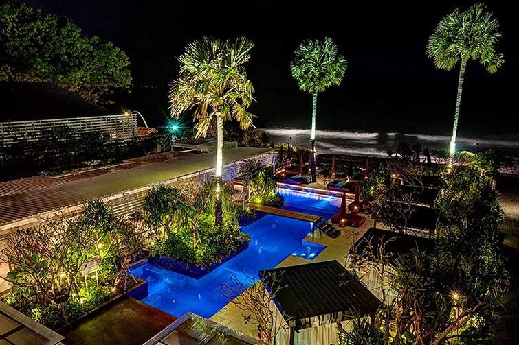 Mozaic Beach Club rooftop views