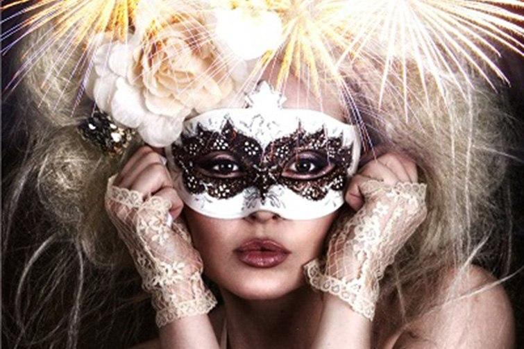Mozaic Beach Club masquerade NYE 2014 party poster