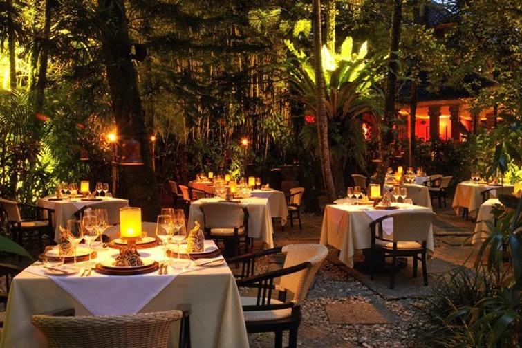 Fine dining at Mozaic Restaurant.