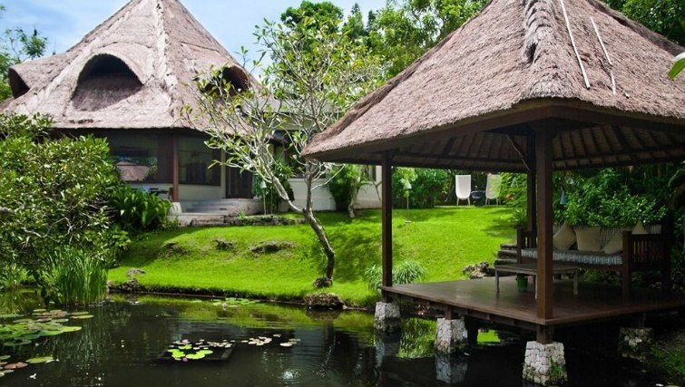 Pond residence at Villa Nusa Dua