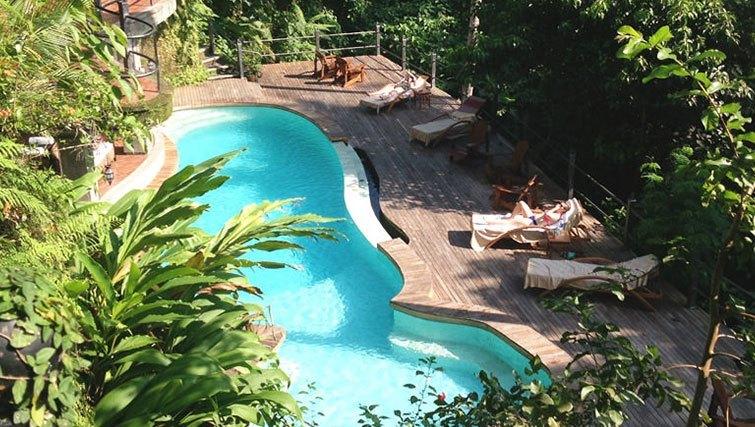 The accommodation setting on retreat with Oneworld