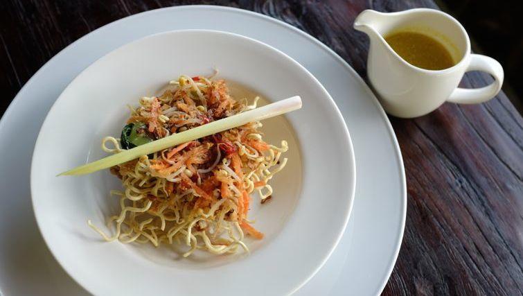 Balinese Longton Sayur