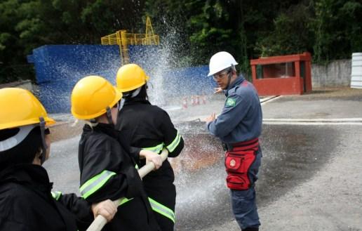 Treinamento de Brigada de Incêndio em Louveira