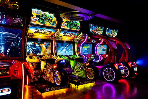 GAME PALACIO India's first to house boutique bowling, fine-dining, gaming arcade and nightclub experience