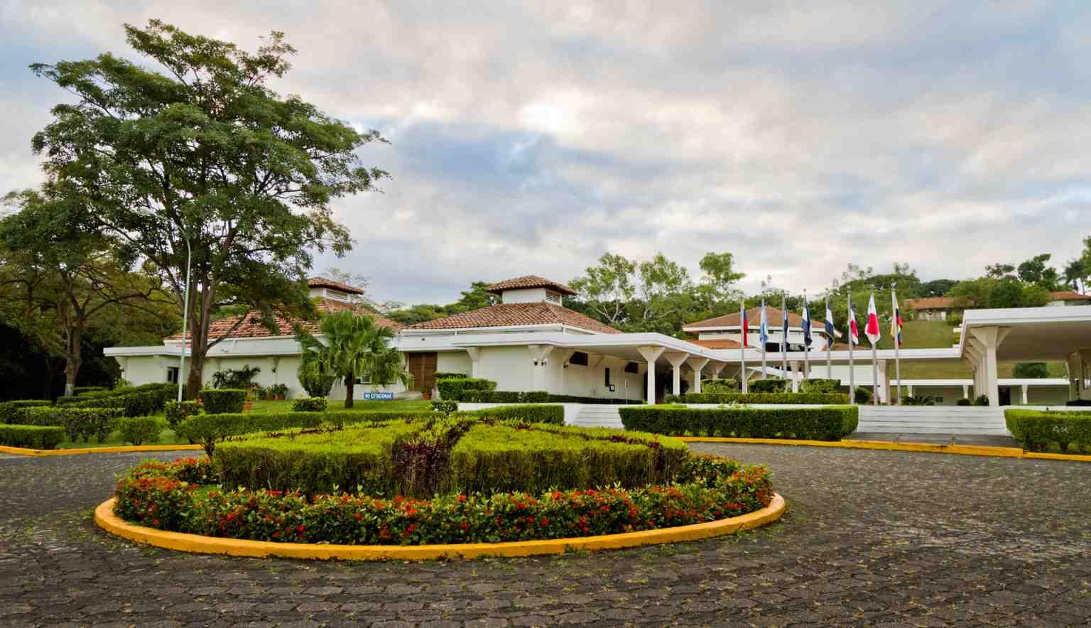 Campus Francisco de Sola INCAE sede Nicaragua  INCAE Business School