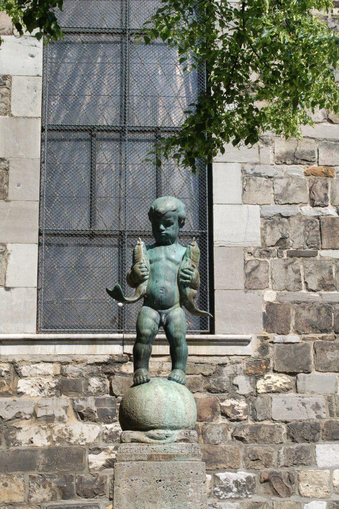 fontein plassend jongetje Duitsland