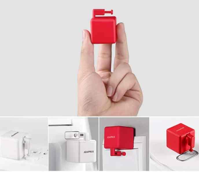 Puede controlar de forma remota y mecánica todos los botones, interruptores y conmutadores en cualquier lugar de un hogar a través de la voz y la aplicación.
