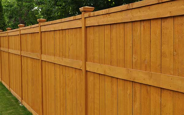 How Much Does it Cost to Paint or Stain a Fence in 2019