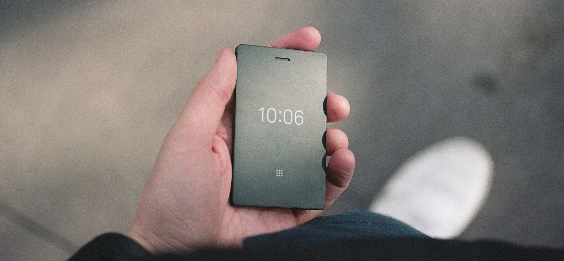 hight resolution of the light phone 2 costs 250 and can barely do anything here s why people are buying it inc com