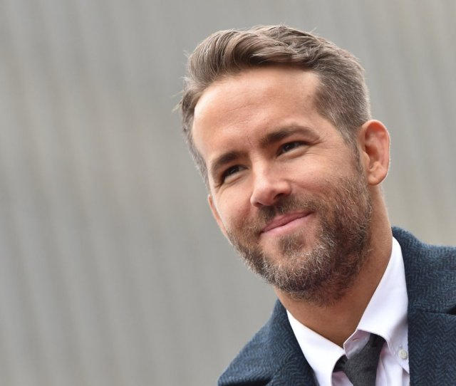 Ryan Reynolds Just Shared His Email Address And The Out Of Office Reply He Set Up Is Brilliant Inc Com