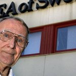3 Unforgettable Life Lessons Learned From the Iconic IKEA Founder