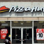 That Pizza Hut Manager Who Wouldn't Let His Employees Flee Irma Just Gave a Master Class in How Not to Lead