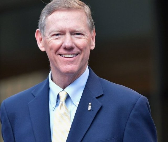 Former Ford Ceo Alan Mulally Running A Business Is A Design Job Inc Com
