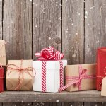 On a Budget This Year? Here Are 8 Small Gestures That Make Great Employee Gifts