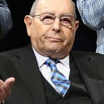 Billionaire Founder and Owner of the Orlando Magic Richard Devos Dies at Age 92