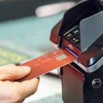 Most Small Companies Still Don't Accept Chip-Based Credit Cards, Putting Them at Risk of Fraud