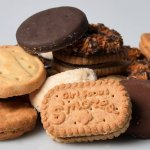 Really Smart Girl Scouts Sell Cookies Outside Marijuana Stores, Internet Reacts