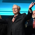 Warren Buffett Says This Is The 1 Simple Habit That Separates Successful People from Everyone Else