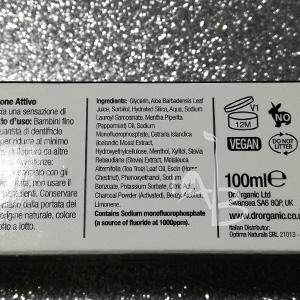 Inci del dentifricio al carbone attivo di Dr. Organic